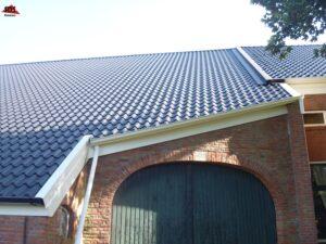 stalen dakpanplaten SDS Ommen woonboerderij